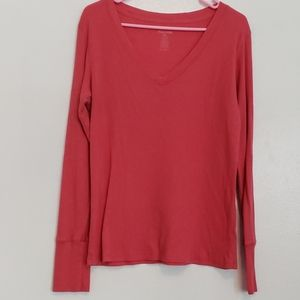 Maurices v-neck textured pink long sleeve t-shirt